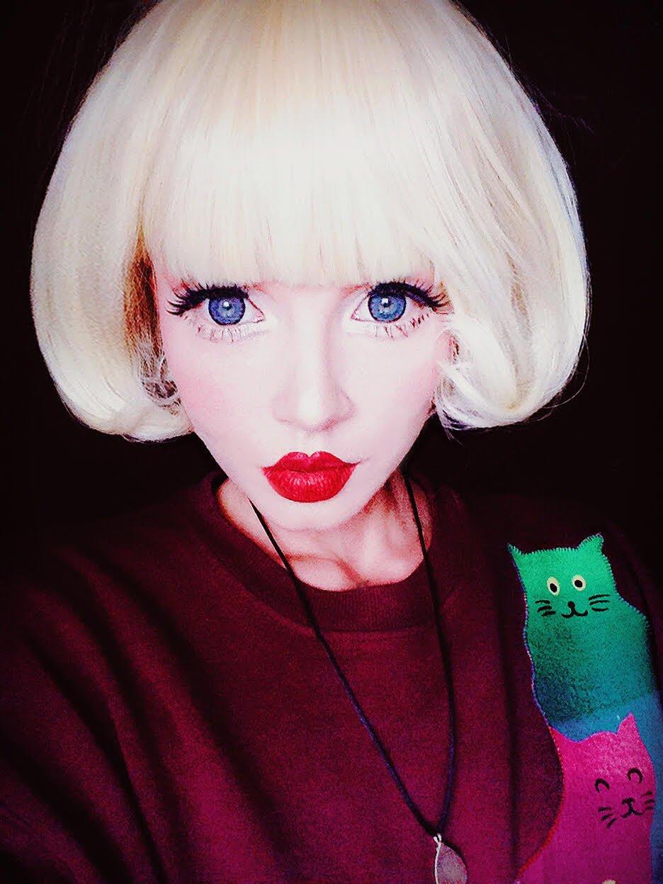 short blonde wig 2
