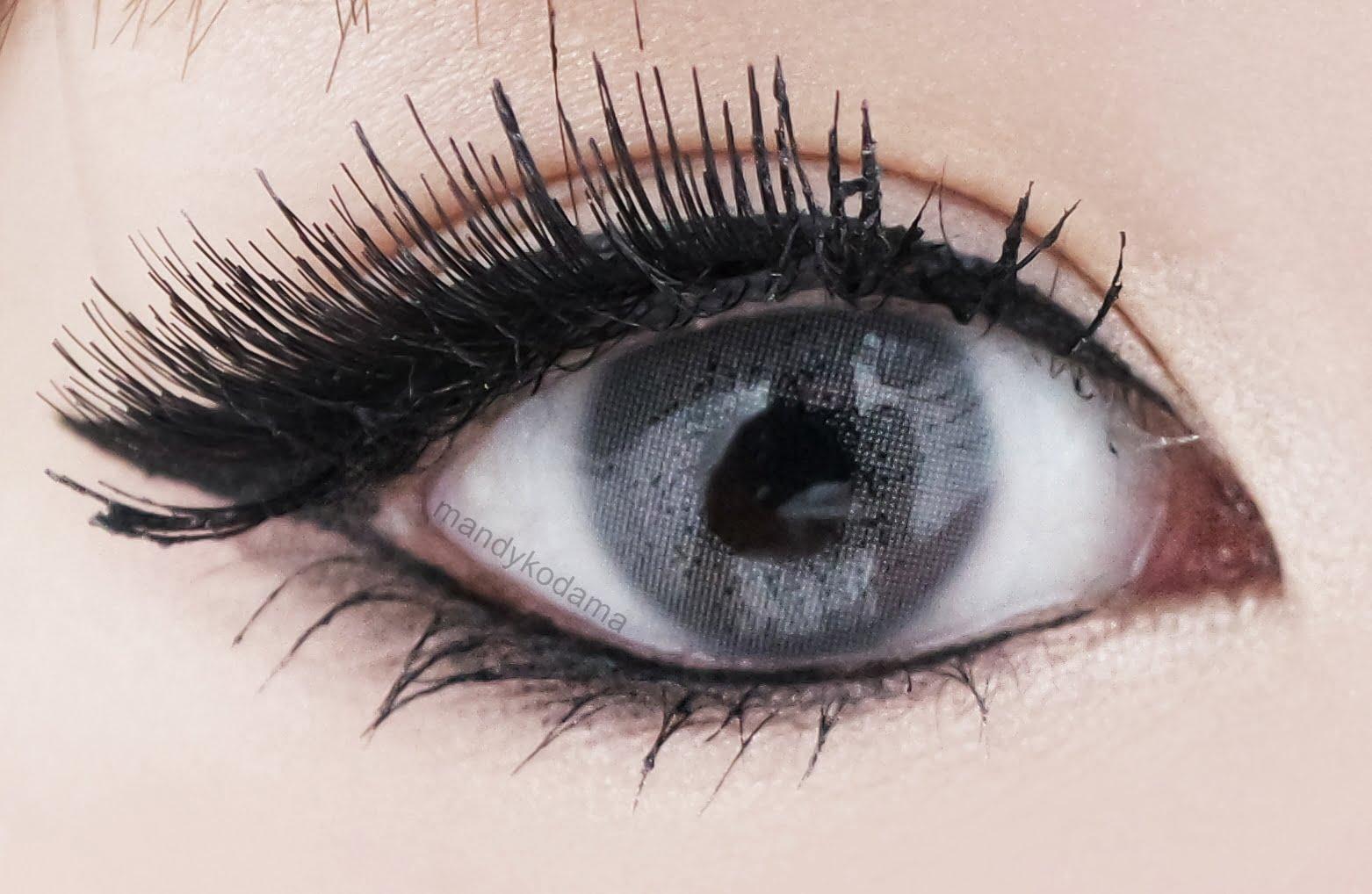 Incredibly Light But Natural Grey Lenses For Dark Eyes