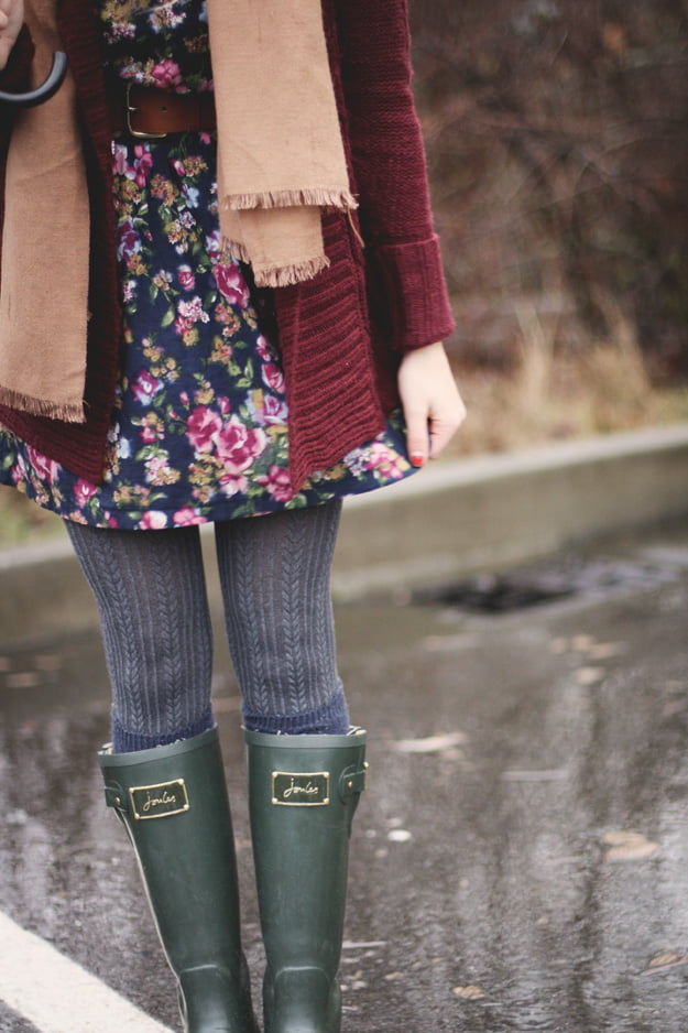 How to Layer Textured Tights