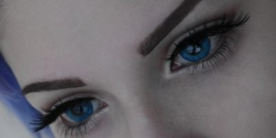 Western eyes frozen blue