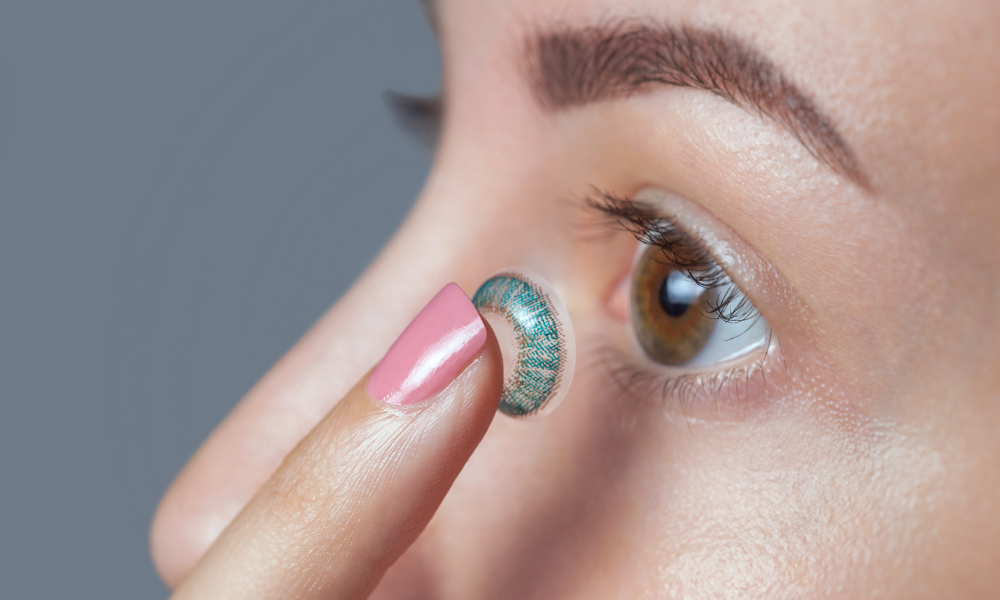 There are several factors caused the prescription colored contacts to be more expensive.